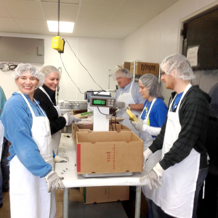 201 best volunteering giving back community outreach