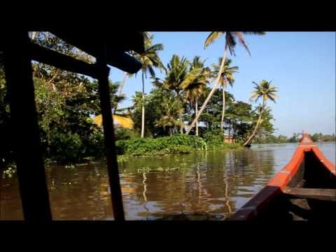 Alleppey Canoe Tour