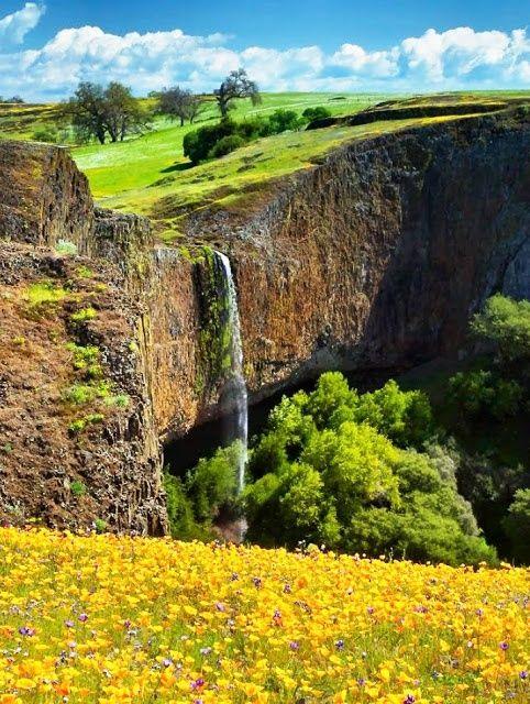 Phantom Falls or Coal Canyon Falls, Oroville, California