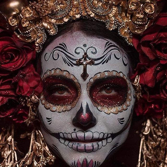 F e l i c i d a d e s @black_rabbit_photography Tu fotografía ha sido seleccionada como la Foto Vive del día. ________________________________________ UBICACIÓN: Temporada de Catrinas, México. ETIQUETAS: #vive_mexico #vivemexico #vive_méxico EDITOR: @javiermohi ______________________________________ Te sugerimos seguirnos en @VIVE.AMERICA