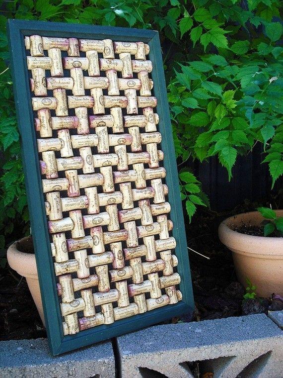 Wine Cork Board www.weinkeller.ca #wine #cork #board #diy #craft #make #home #made #reuse #frame #home #decor #decoration