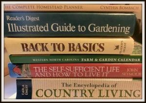 Must Have Homestead Books #homesteading #books