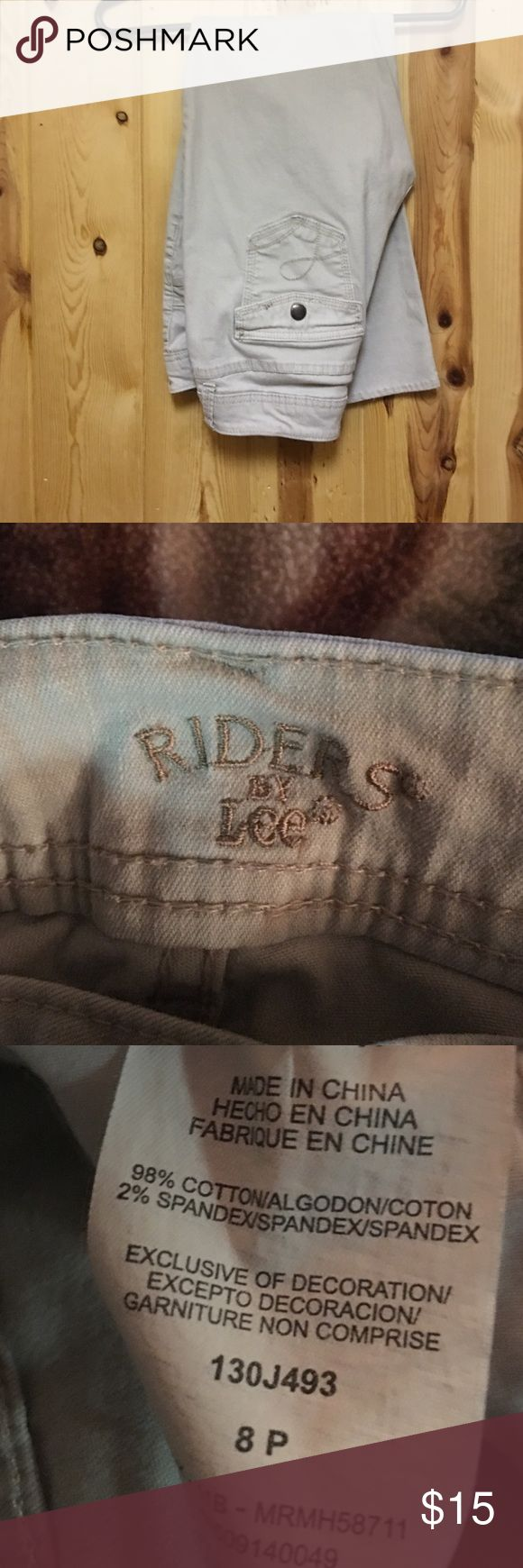 Lee Rider Jeans Khaki 8 Petite Excellent Condition Lee Rider Jeans Khaki 8 Petite Excellent Condition Lee Riders Jeans Straight Leg