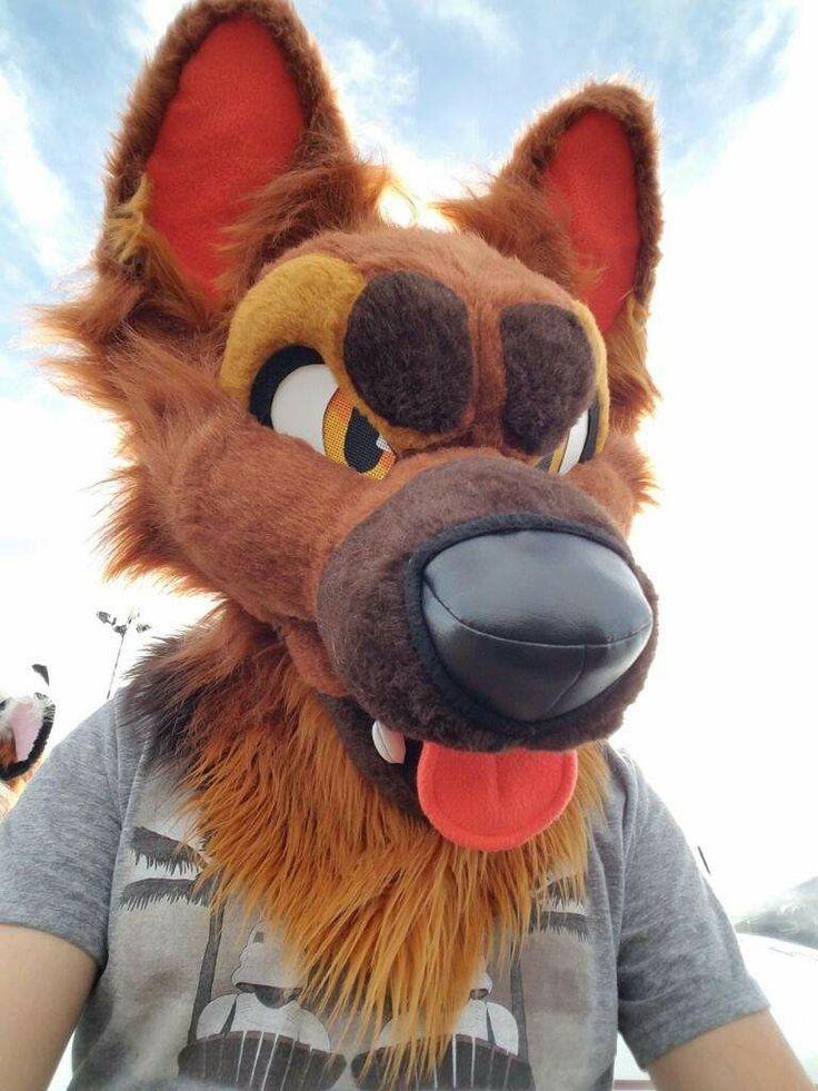 selfie of Ruff 😍💛 Furry fursuit, Furry costume, Furry
