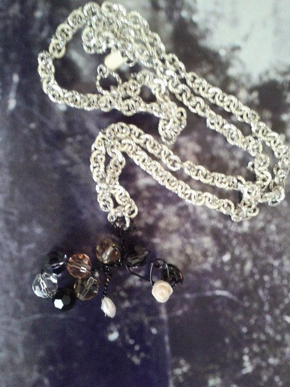 Flower with the crystal bead necklace by Girlscode on Etsy, $13.75