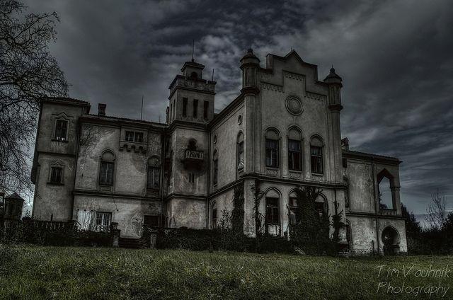Abandoned Mansion Slovenia Abandoned Homes Pinterest