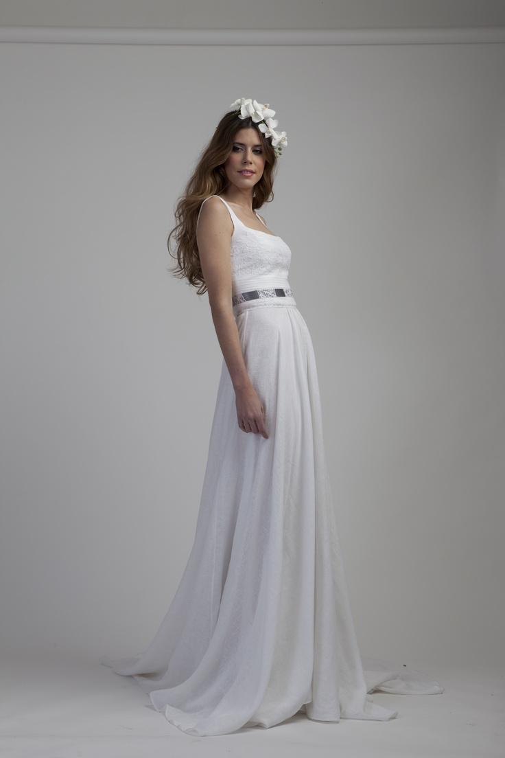 Vestido lino con jaretas. | Vestidos de novia | Pinterest