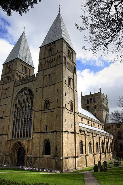 Southwell Minster, Nottinghamshire, England, with its majestic Norman nave and glorious 13th century chapter house by Andy Stephenson, via Geograph