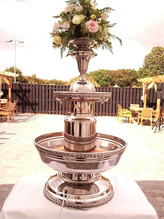 Champagne Fountain, Wine Fountain, Punch Fountain, how can you not love this!