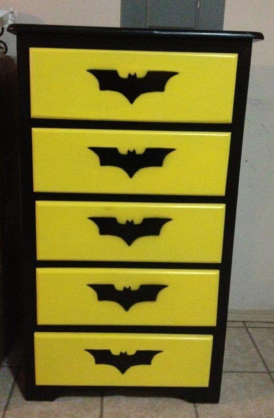 Batman dresser everything batman pinterest i am for Batman bedroom paint ideas