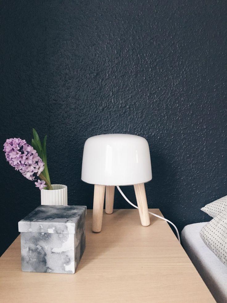 milk lamp fra Andtradion i soveværelset