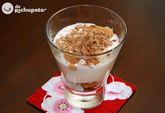 Copa de yogurt con crema de turrón Xixona. Postre navideño - Recetasderechupete.com