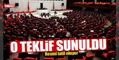 """O teklif TBMM Başkanlığına sunuldu! : AK Parti 15 Temmuzun """"Demokrasi ve Özgürlükler Günü"""" olarak tatil edilmesi ve Ankaranın Kazan ilçesinin adının """"Kahramankazan"""" olarak değiştirilmesine ilişkin kanun teklifini TBMM Başkanlığına sundu...  http://ift.tt/2ee54fL #Türkiye   #TBMM #Başkanlığına #adı #ilçesi #Kazan"""