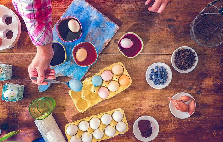 Color your Easter eggs without artificial dyes by doing it the old-fashioned way—with produce, vegetable scraps, and spices.
