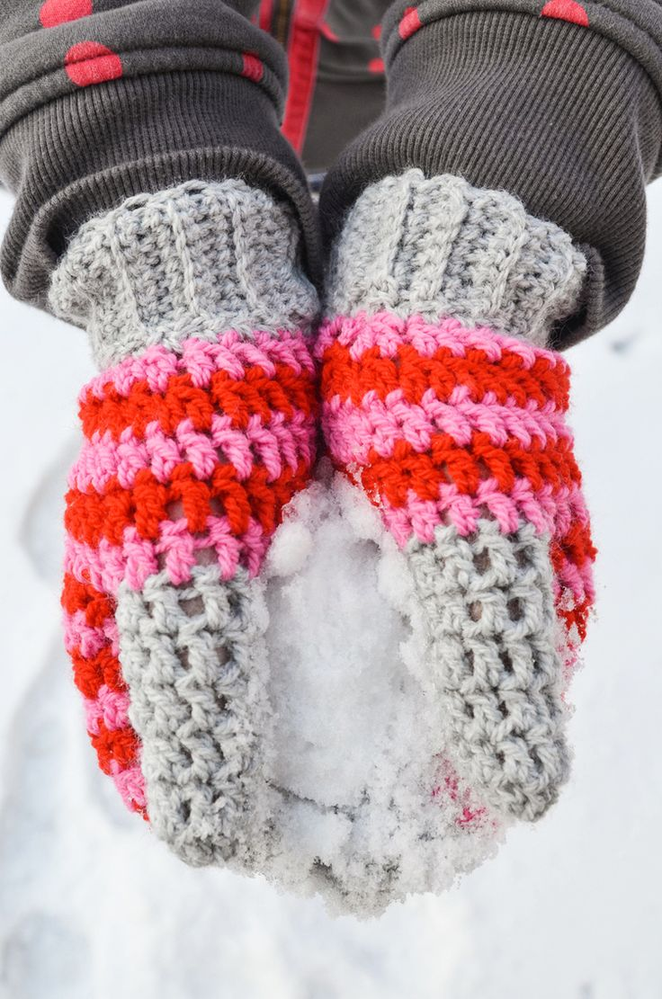 Free Crochet Pattern For Chunky Mittens : 17 Best ideas about Crochet Mittens Pattern on Pinterest ...