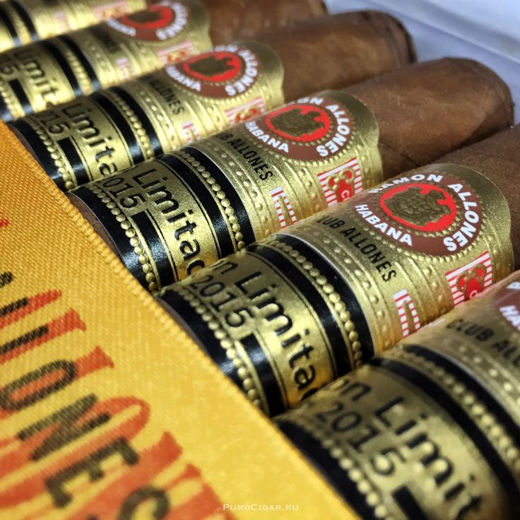 Снова в продаже кубинские сигары Ramon Allones Club Allones Edición Limitada 2015! Club Allones – формат, выбранный для лимитированного выпуска 2015.  Этот формат, единственный в данной линейке, обладает насыщенным и многокомпонентным вкусом, который отлично подойдёт для тех афисионадо, которые наслаждаются в Habanos крепким вкусом.
