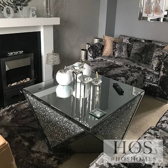 Exclusive Diamond Crush Coffee Table Mirrored Furniture