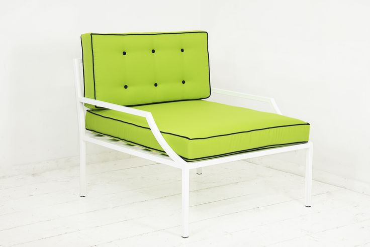 This stylish outdoor Lounge Chair is part of our Hollywood Collection. The curved arm and shaped cushions add interest and sophistication. Sturdy steel construction finished in a glossy white powder c