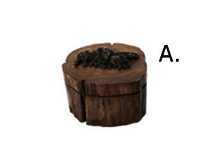Fa doboz III különleges díszítéssel (A)kerek, elefántos mintával