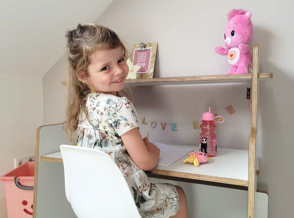 lemodi-kinderkamer-kleuter-bureau-tafel-spelen-speelhoek-kleuter-school-tekenen-knutselen-speelhoek-cadeau-verjaardag-meubel-kinderkamermeubel-ladylemonade_nl27