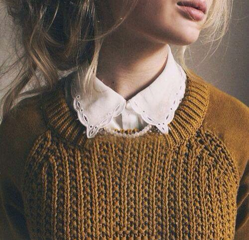 Pull moutarde et coll dentelle Look automne hiver 2015