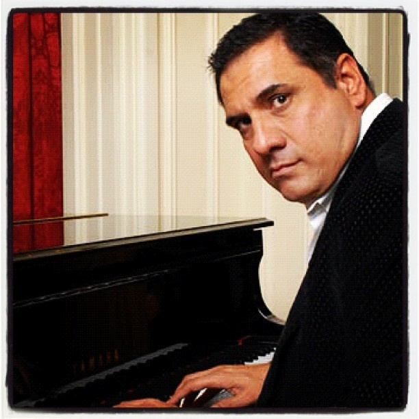 @bomanirani #actor #comedian #bollywood #piano #london #photoshoot #indian #india #cinema #host #compere