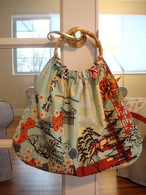 simple and cute. love the fabricJayne Sewing, Funky Fabrics, Bags Purses