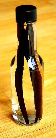 Vanille-Extrakt / -Zucker / -Oel / -Essig / -Honig / -Sirup