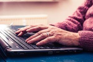 Mától munkába állhatnak a nyugdíjasok: indulhatnak a szövetkezetek|Pénzcentrum