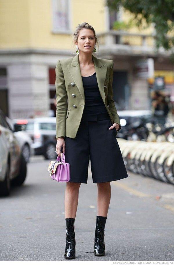 Resultado de imagem para roupas com ombreiras em 2017