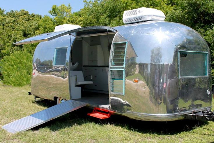 Just Wait Till You See What She Converted This Old Camper Into. Nope, It's Not A House. It's Better. [STORY]