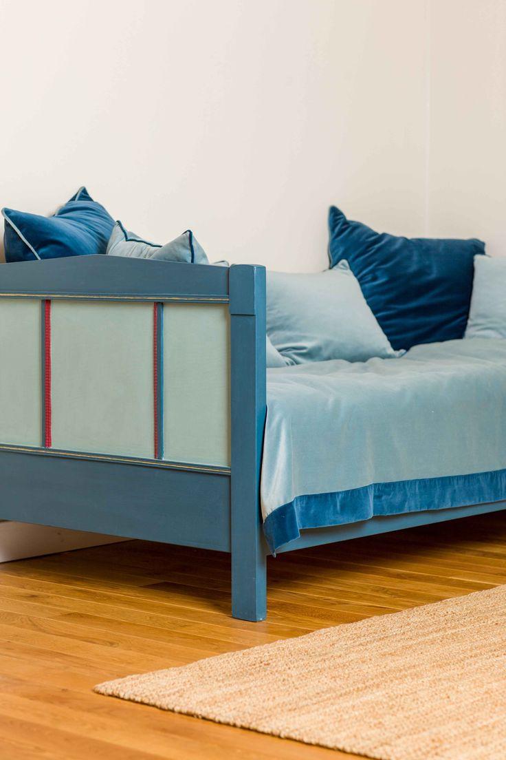 altes bett in kreide emulsion gestrichen m bel streichen mit kreidefarbe kreidefarben f r. Black Bedroom Furniture Sets. Home Design Ideas