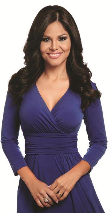 2015 Closing Keynote Speaker at 2015 Hispanic Youth Educational Summit.  Natalia Cruz, News Anchor, Univision Network