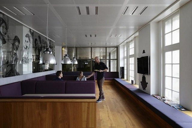 Design: JWT Amsterdam Office by Alrik Koudenburg and RJW Elsinga (12 Pictures)