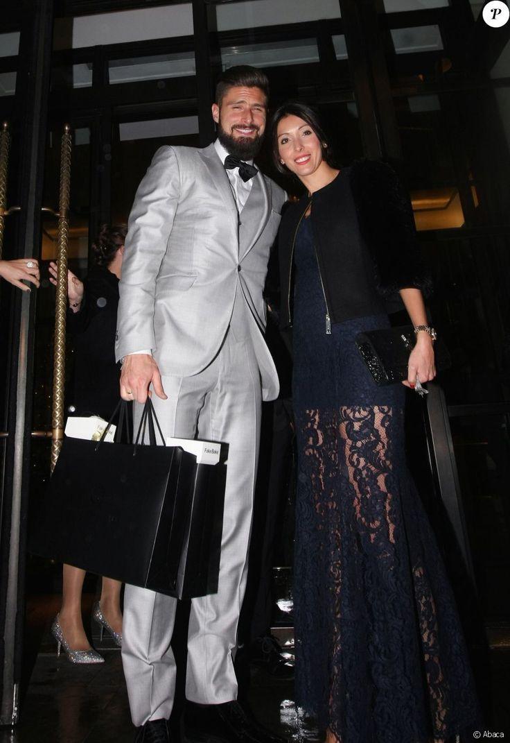 Olivier Giroud et sa femme Jennifer arrivent au Global Gift Gala organisé à Londres le 19 novembre 2016.