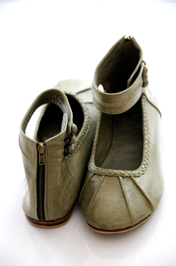 MUSE. Leather women shoes / ballet flats / olive green leather shoes / leather flats. Sizes: US 4-13. Available in different leather colors.