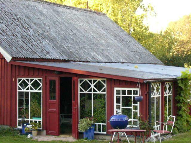 Uterum / växthus   Greenhouse attached to barn building (Yngsjö, Sweden)