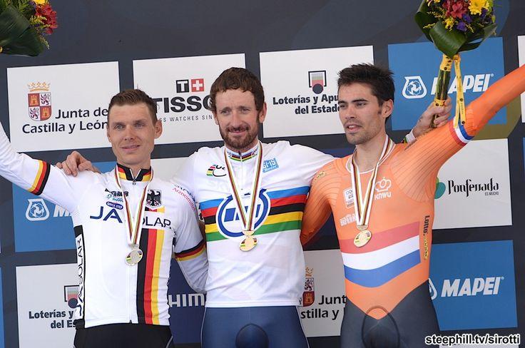 2014 road-cycling-world-championships - 2014 Elite Men's ITT podium: 2nd Tony Martin (Germany), 1st Bradley Wiggins (Great Britain), 3rd Tom Dumoulin (Netherlands)