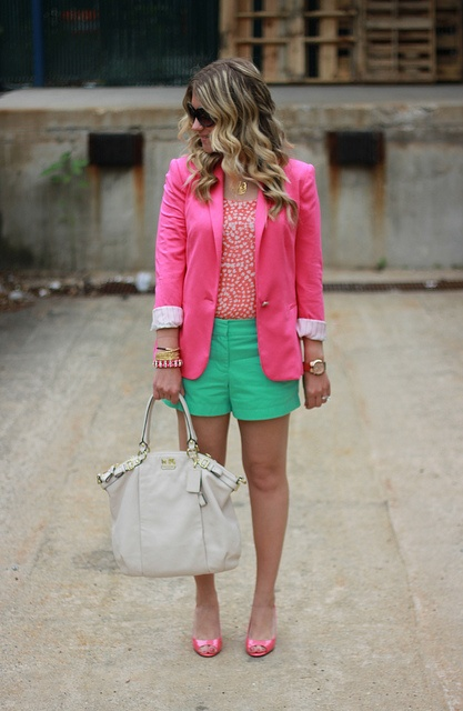 Adore.Coral Pink, Colors Combos, Fashion Ideas, Mint Coral, Pink Green, Outfit, Shorts, Spring Summe, Pink Blazers