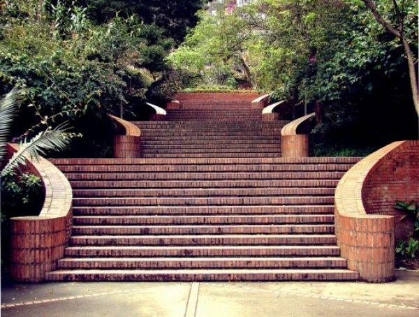 Escalier - Rogelio Salmona - Bogota