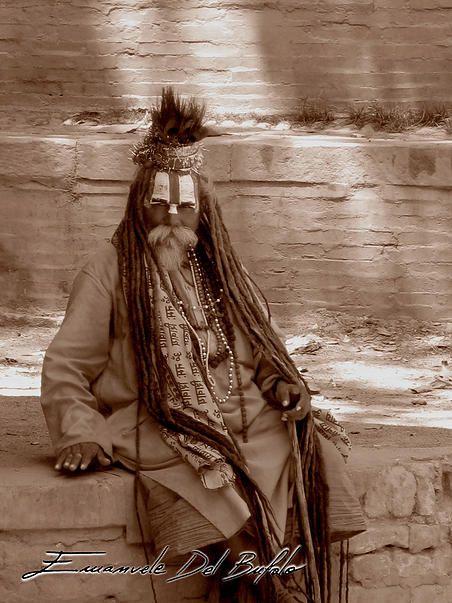 Namasté OM Sai Ram_/ \_Ahimsa Holy Sadhu -emanueledelbufalo.com portfolio humansp