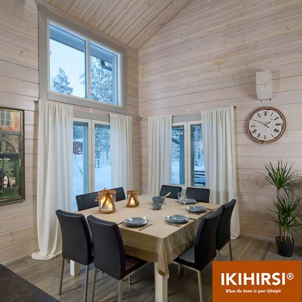 """Столовая зона с """"французскими"""" окнами в деревянном доме. Модель H2-154 #деревянныйдом из клееного бруса #Ikihirsi"""