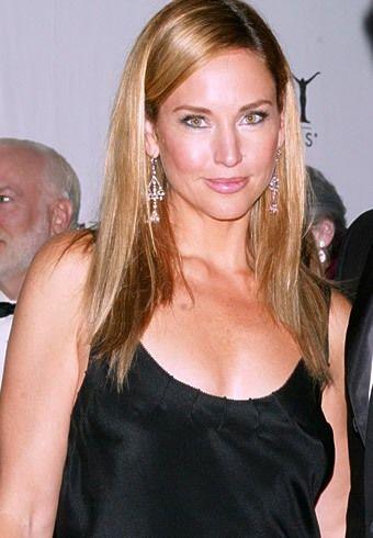 Jill Goodacre Bra Size, Age, Weight, Height, Measurements - http://www.celebritysizes.com/jill-goodacre-bra-size-age-weight-height-measurements/