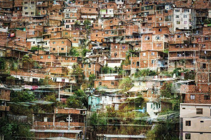https://flic.kr/p/MfJaXY   C&C-Medellin-CiudadInformal   Vista desde la estación del Metro Cable Juan XXIII, Medellín
