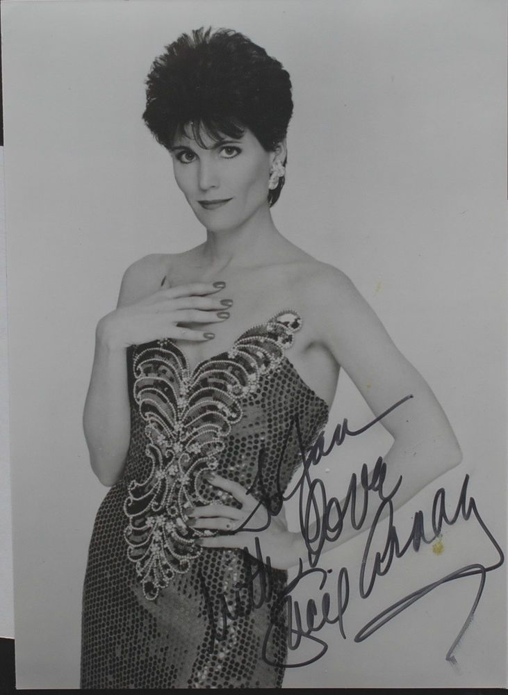 Elizabeth Taylor Autograph Actress Signed Contract JSA ...