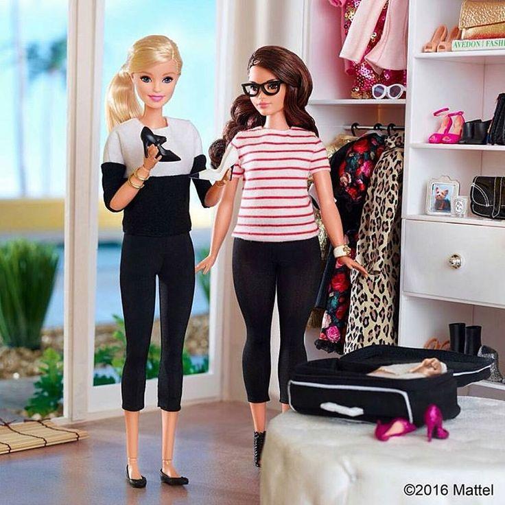 """conquore: """"Ein  für Barbie! Sie hat @janiiilein und mich heimlich fotografiert - ich kann mich gar nicht daran erinnern, wann das wohl gewesen sein könnte  Ich persönlich bin Fan der neuen Barbies! ❤ und die beiden spiegeln uns beide einfach super..."""