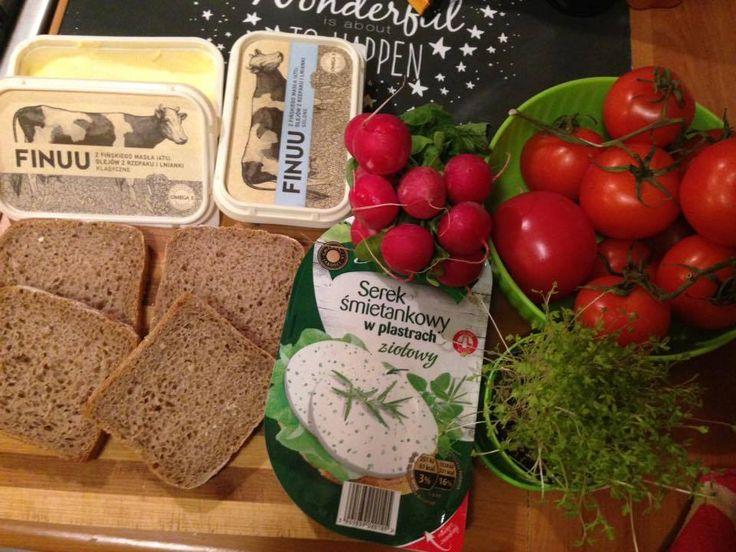 Śniadanie Agnieszki! @mrsFamess  #finuu #finuupl #finland #sniadanie #kanapki #breakfast #ryebread #warzywa #inspiracje #kulinarneinspiracje #butter