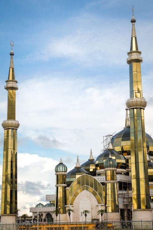 The Crystal Mosque (Masjid Kristal) in Kuala Terengganu,   (Malaysia).