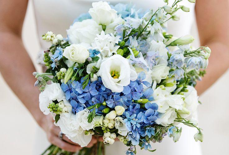 Heute ist weddingwednesday und wir widmen uns dem liebsten Begleiter der Braut am Hochzeitstag: dem Brautstrauß. Passend zu den kommenden Frühlingsmonaten, in denen Pastellfarben sehr beliebt sind,…
