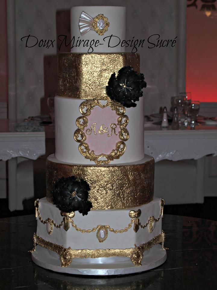 Gold and white wedding cake, Gâteau de mariage Or et blanc